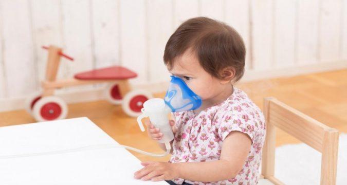 Чем лечить кашель у ребенка