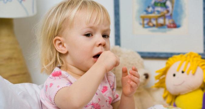 Чем лечить кашель без температуры у ребенка