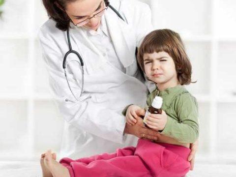 Чем лечить у ребенка температура и понос