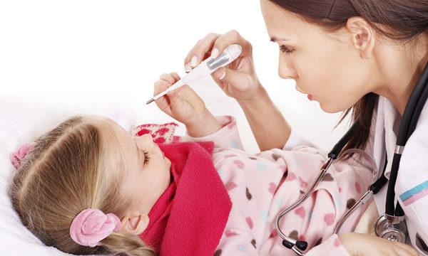 Что делать ребенок заболел простудой