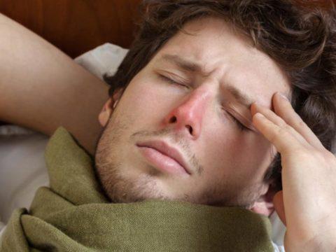 Чем лечить головную боль при простуде