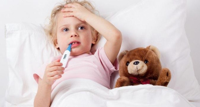 Почему у ребенка поднимается температура
