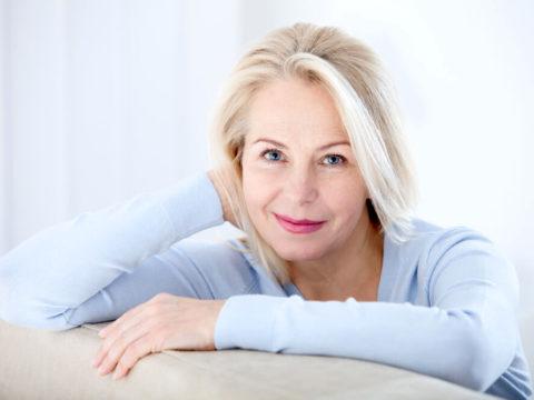 Причины тошноты у женщин после 50 лет