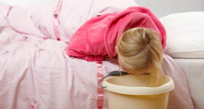 Что делать и почему рвота у ребенка без температуры и поноса